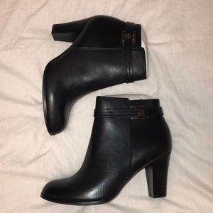 Leather black heeled booties